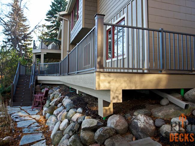 Capped-Composite-Decking-Aluminum-Railings-Maple-Grove-MN