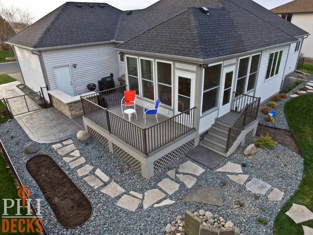 Landscaping-concrete-patio-custom-bar