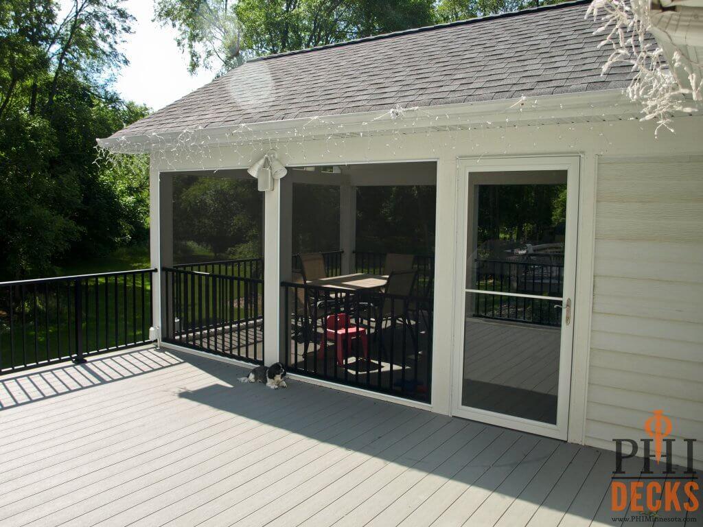 puppy-screeneze-porch-decking